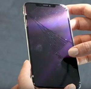 هواتف iPhone XS تحت اختبارات السقوط بالفيديو