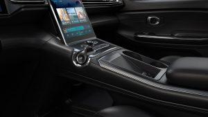 سيارة NIO الكهربائية تنافس سيارة Tesla